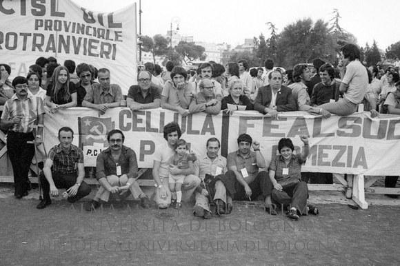 1975: Manifestazione contro il regime dittatoriale spagnolo indetta dai sindacati. Roma, 2.10.1975